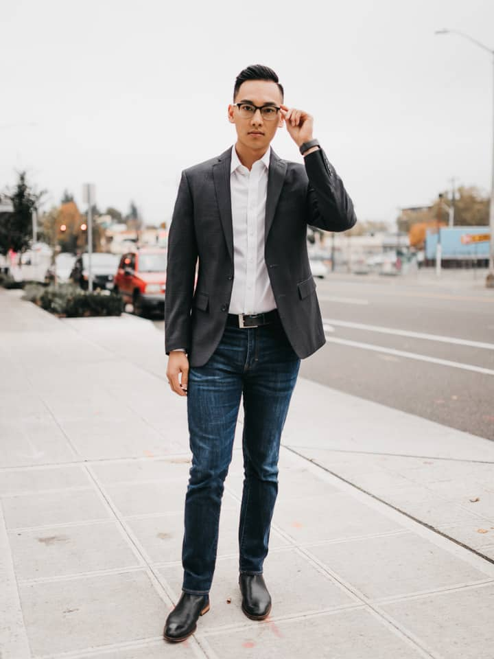 How Do You Wear a Suit without a Tie?