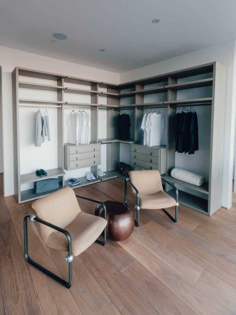 A room with a closet.