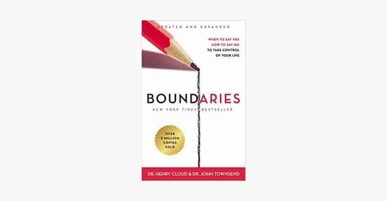 Book cover of Boundaries by Henry Cloud.
