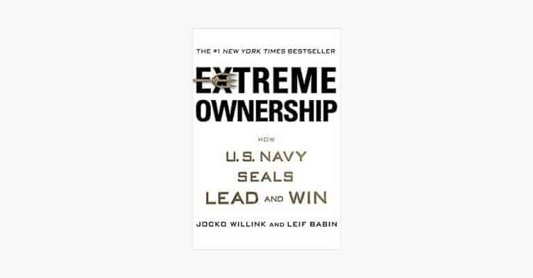 Book cover of Extreme Ownership by Jocko Willink and Leif Babin.