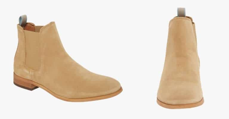 Tan suede Chelsea boot.