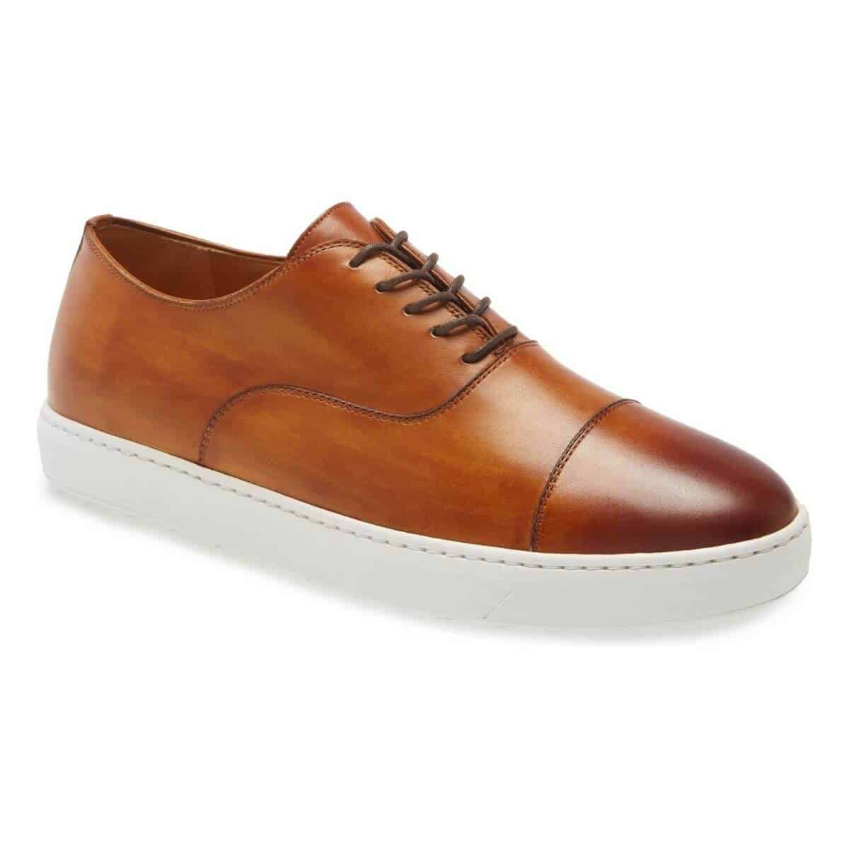 Magnanni Warwick brown dress sneaker.