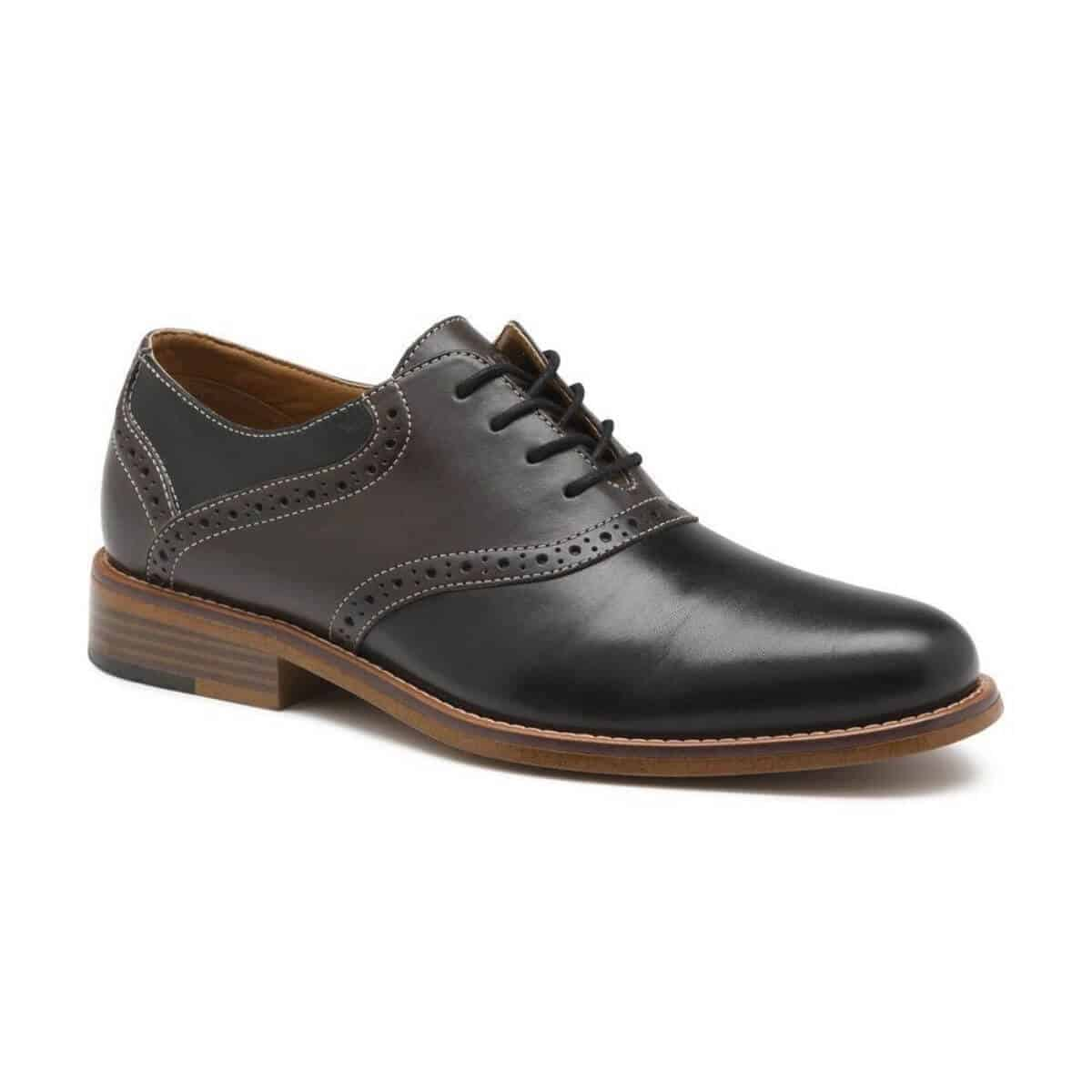 Black leather saddle Oxford shoe.