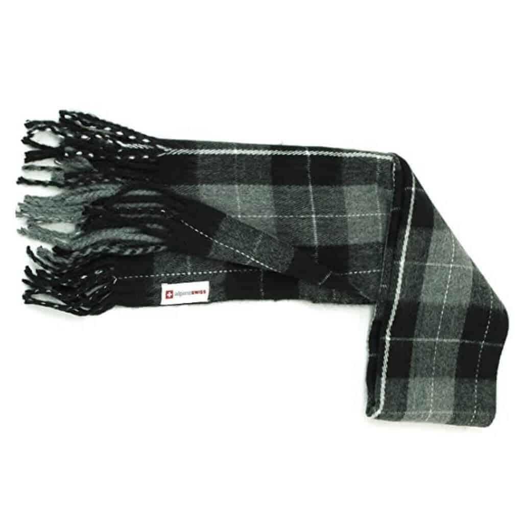 Grey plaid scarf.